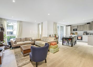 Thumbnail 2 bed flat for sale in The Avenue, South Hampstead