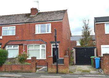 Thumbnail 2 bed town house for sale in Limeside Road, Oldham