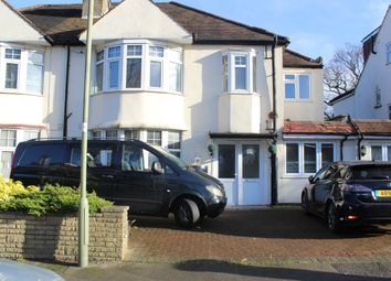 Thumbnail 2 bed flat to rent in Netherfields, Barnet