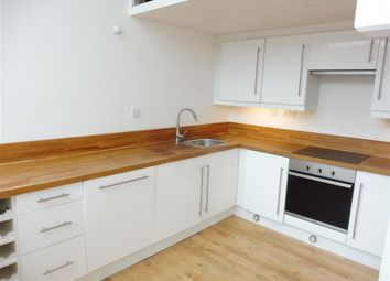 Thumbnail 2 bed flat to rent in Lee Street, Leicester