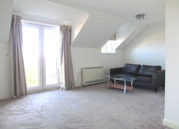 2 bed flat to rent in Ridley Close, Barking IG11