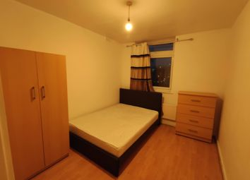 3 bed maisonette to rent in Gale Street, Bow E3