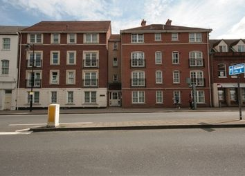 Thumbnail 2 bedroom flat to rent in Blenheim Court, 115 London Street, Reading