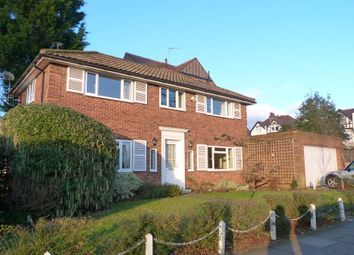 Thumbnail 3 bed detached house to rent in The Droveway, Hove