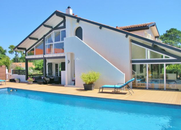 Thumbnail 5 bed villa for sale in Capbreton, Quiet & Residential, Centre And Beach, Soorts-Hossegor, Soustons, Dax, Landes, Aquitaine, France