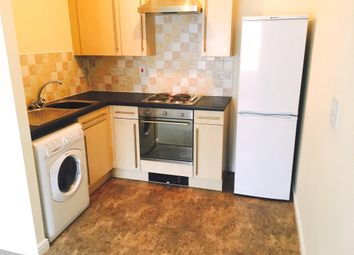 Thumbnail 1 bed flat to rent in Ty Capstan, Rhodfa'r Gwagenni, Barry
