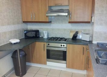 Thumbnail 3 bed flat to rent in High Street South, London
