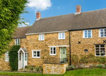 Thumbnail 2 bed cottage for sale in Tanners Lane, Adderbury, Banbury