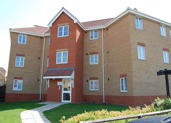 Thumbnail 3 bed flat to rent in Hampton Close, Chafford Hundred, Grays
