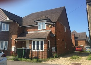 Thumbnail 2 bed property to rent in King Georges Avenue, Watford
