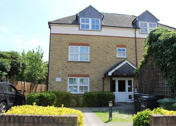 Thumbnail Room to rent in Guinevere Court, Oldstead, Bromley