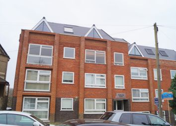 Thumbnail 2 bedroom flat to rent in Hadley Road, Barnet