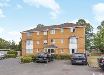 Thumbnail 2 bed flat for sale in Langley, Slough, Berkshire