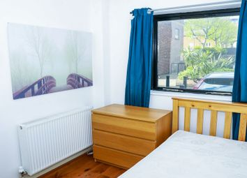 Thumbnail Room to rent in Ironmongers Place, Canary Wharf