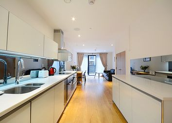 Thumbnail 5 bed terraced house to rent in Bakery Street, Bermondsey