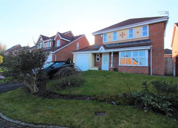 Thumbnail 4 bedroom detached house for sale in Chestnut Close, North Shore