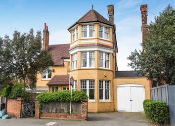 Thumbnail 6 bedroom property for sale in Ambleside Avenue, London