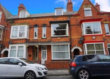 Thumbnail 5 bed terraced house for sale in Blackburn Avenue, Bridlington