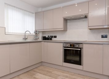 Thumbnail 4 bed town house to rent in Waterloo Avenue, Solihull