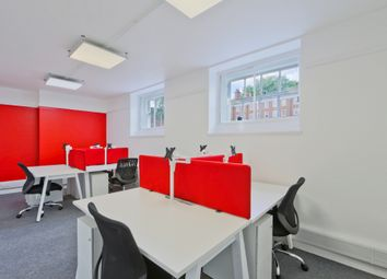 Thumbnail Commercial property to let in Gray's Inn Square, London