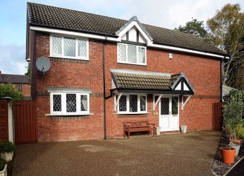 4 bed detached house for sale in Chaffinch Close, Droylsden, Manchester M43