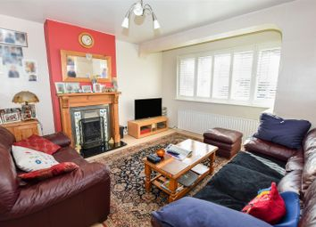 3 bed property for sale in Kenmare Drive, Mitcham CR4