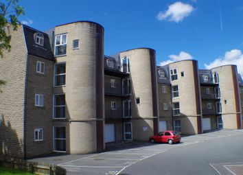 2 bed flat for sale in Ingwood Parade, Greetland, Halifax HX4