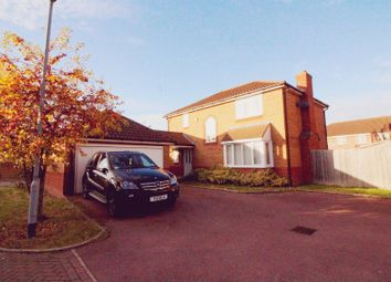 Thumbnail 4 bed detached house for sale in Flandrian Close, Enfield