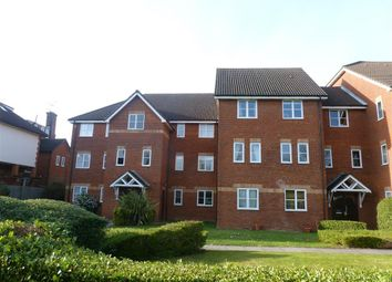 Thumbnail 2 bed flat to rent in Mildred Avenue, Watford