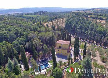 Thumbnail 14 bed villa for sale in Via Del Broglio, Chiusi, Siena, Tuscany, Italy