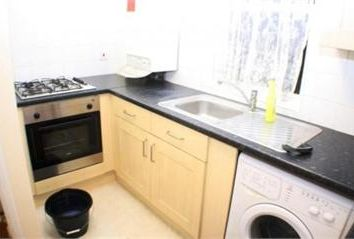 Thumbnail 2 bed flat to rent in Adelina Grove, Whitechapel
