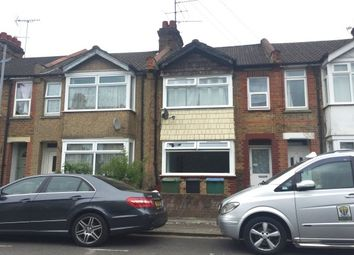 Thumbnail 4 bed property to rent in Southsea Avenue, Watford