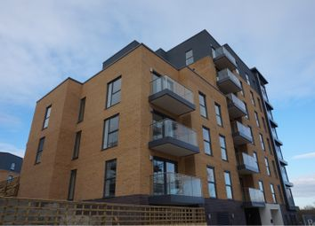 Thumbnail 1 bed flat to rent in Montagu House, Padworth Avenue