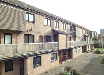 Thumbnail 2 bedroom flat to rent in Tower Place, Helensburgh