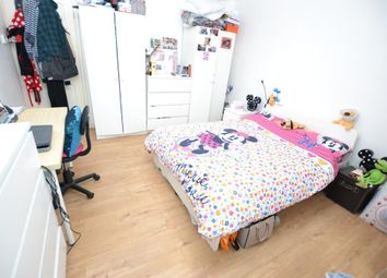 Thumbnail 4 bed flat to rent in Coldbath Street, Lewisham, London