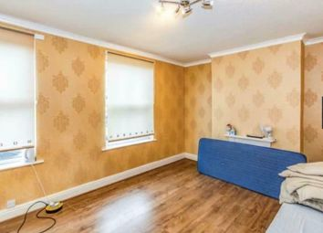 5 bed shared accommodation to rent in Ayres Road, Old Trafford, Manchester M16
