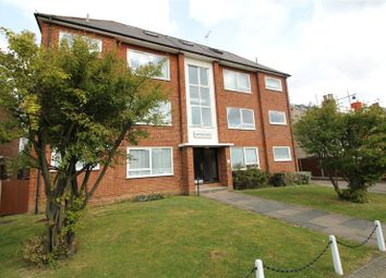 Thumbnail 2 bed flat to rent in Leicester Road, New Barnet, Barnet