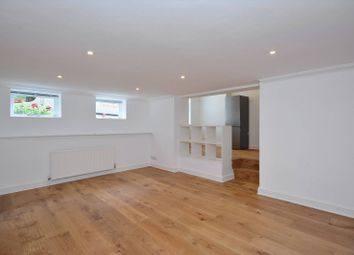 Thumbnail 2 bed property to rent in Craven Mews, Clapham