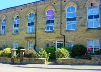 Thumbnail 2 bed flat to rent in Stainland Road, Holywell Green