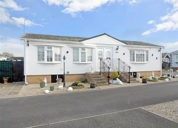 Thumbnail 2 bed mobile/park home for sale in Beech Close, Bognor Regis, West Sussex