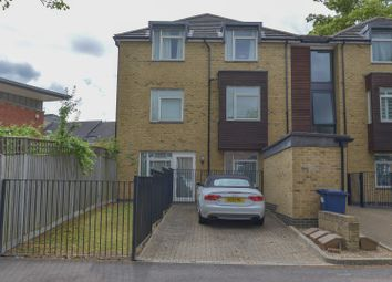 Thumbnail 2 bedroom flat for sale in 27A York Road, Barnet