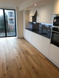 Thumbnail 2 bed flat to rent in Green Lanes, Palmers Green