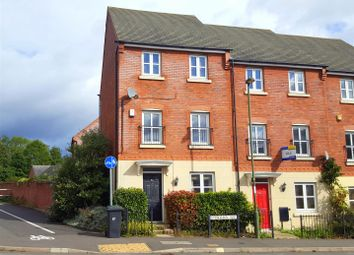 Thumbnail 4 bed town house to rent in Evergreen Way, Stourport-On-Severn