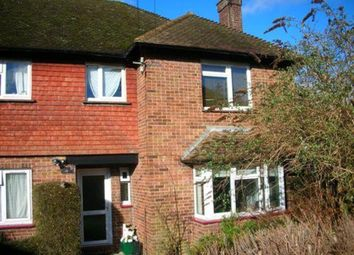 Thumbnail 2 bed flat to rent in Stoneleigh Road, Oxted