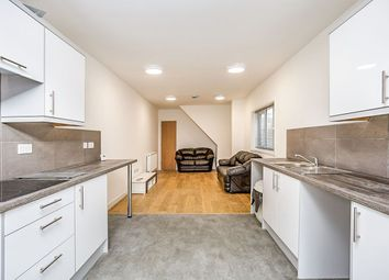 Thumbnail 6 bed property to rent in Telephone Road, Southsea