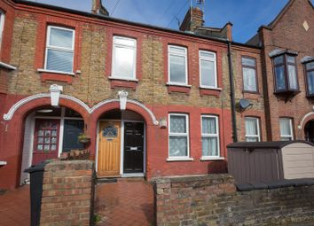 Thumbnail 2 bed flat for sale in Clementina Road, London