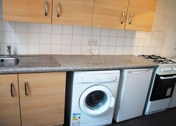 Thumbnail 3 bed flat to rent in Lily Place, Farringdon/Holborn