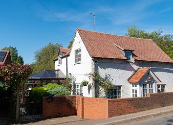 Thumbnail 4 bed cottage for sale in Martley Road, Great Witley, Worcester