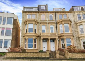 3 bed flat to rent in Percy Gardens, Tynemouth, North Shields NE30