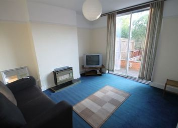 Thumbnail 3 bed property to rent in Queens Road, Leicester